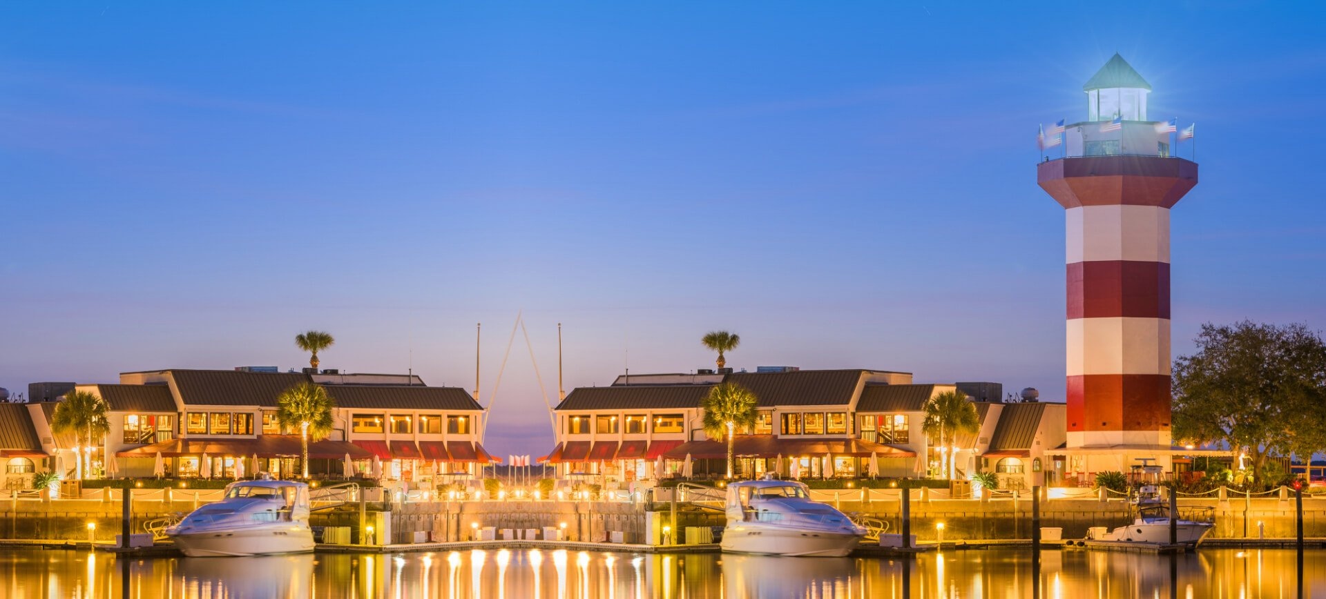 https://getaways.vacationvip.com/fb-promotions/4-3-hilton-head-sr-hotel/img/generic-info-bg.jpg